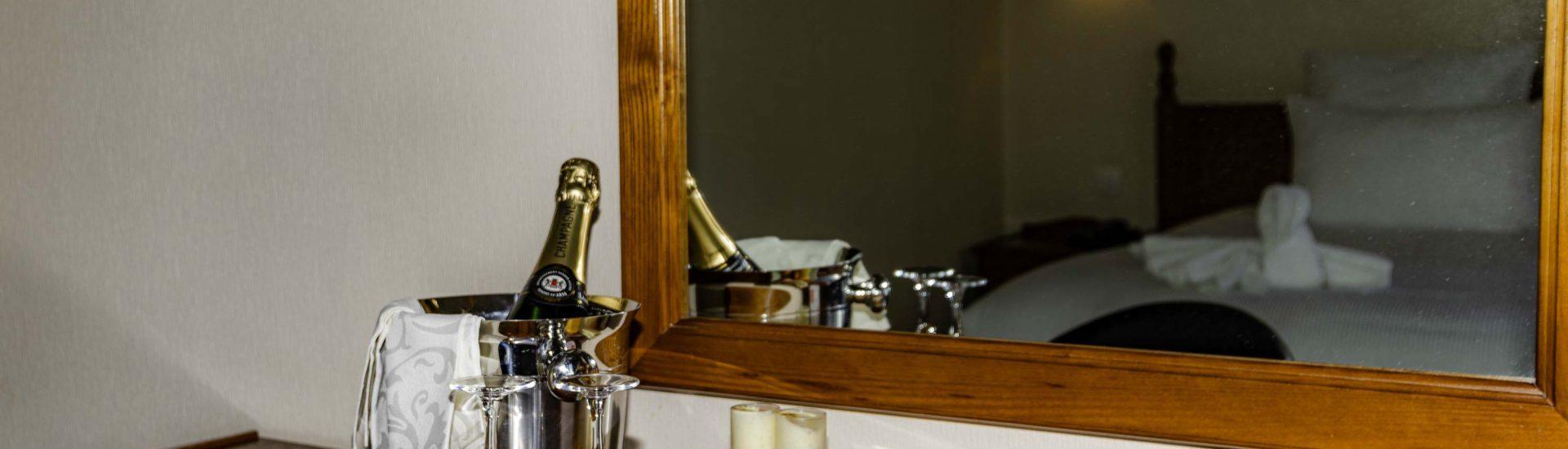 Chambre Confort. Séjour Champagne et douceur, Saint Gatien des Bois, Deauville, Honfleur